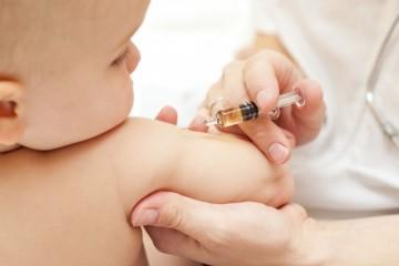 vaccin sur bebe